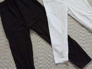 טייץ חלק בצבע שחור/לבן
